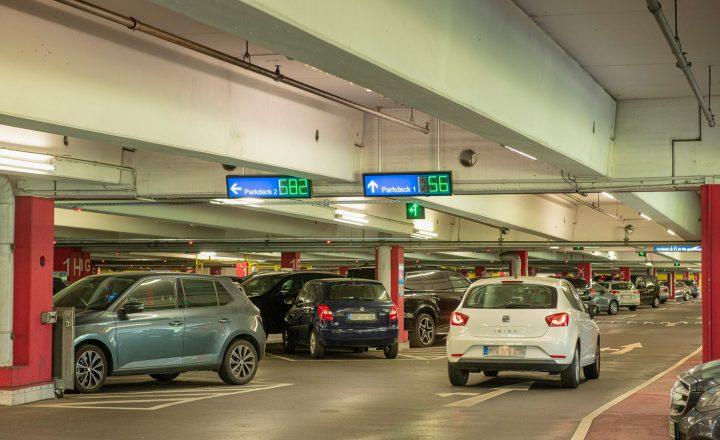 Edeka: Neues Parkleitsystem im Warnow Park