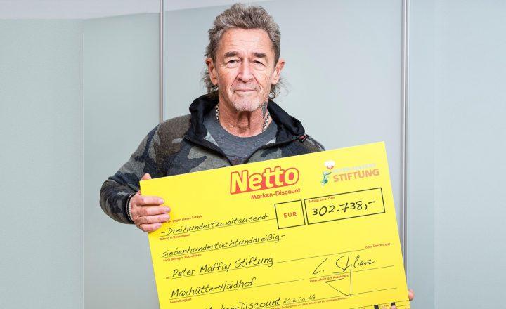 Netto-Kunden spenden für Peter Maffay Stiftung