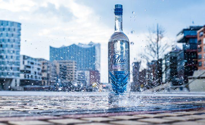 Hamburg! Blue! Premium Vodka!