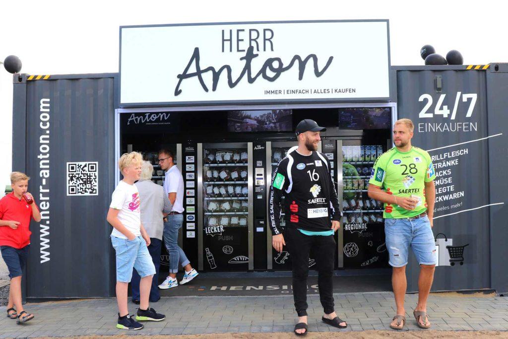Herr Anton